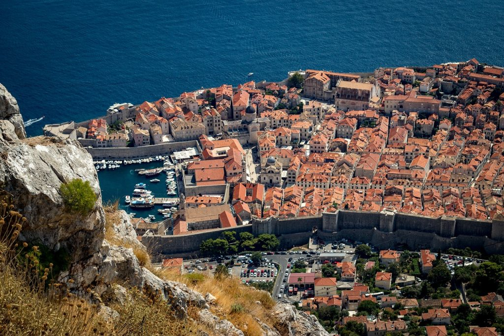 Dubrovnik's small streets