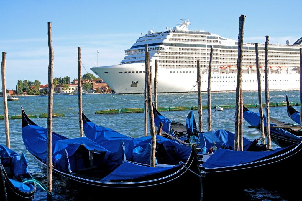 Cruise ship arriving in Venice