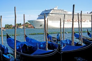 Cruise ship ban in Venice: why it means nothing