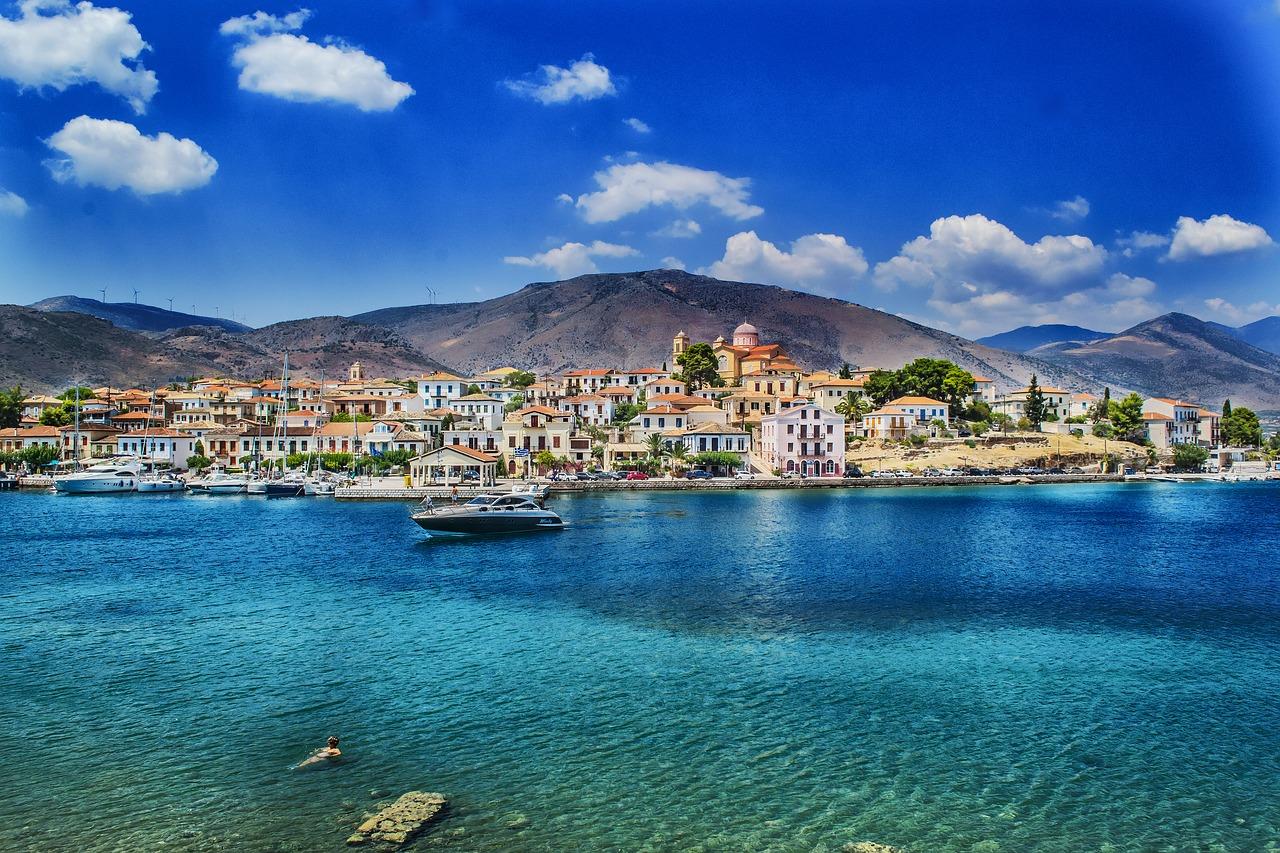 Public holidays & school vacations – Greece 2019 / 2020