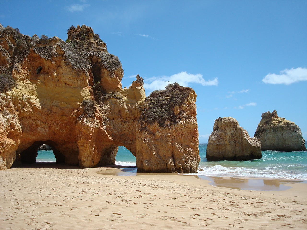 Portugal school vacations and public holidays 2020