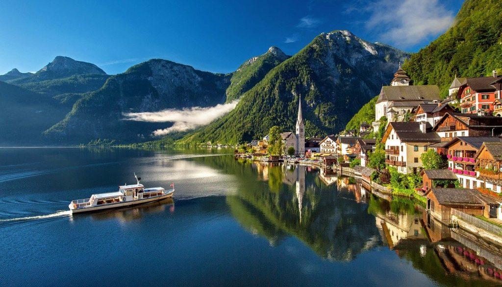 Hallstatt in Austria overtourism