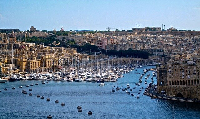 Malta - Avoid Crowds