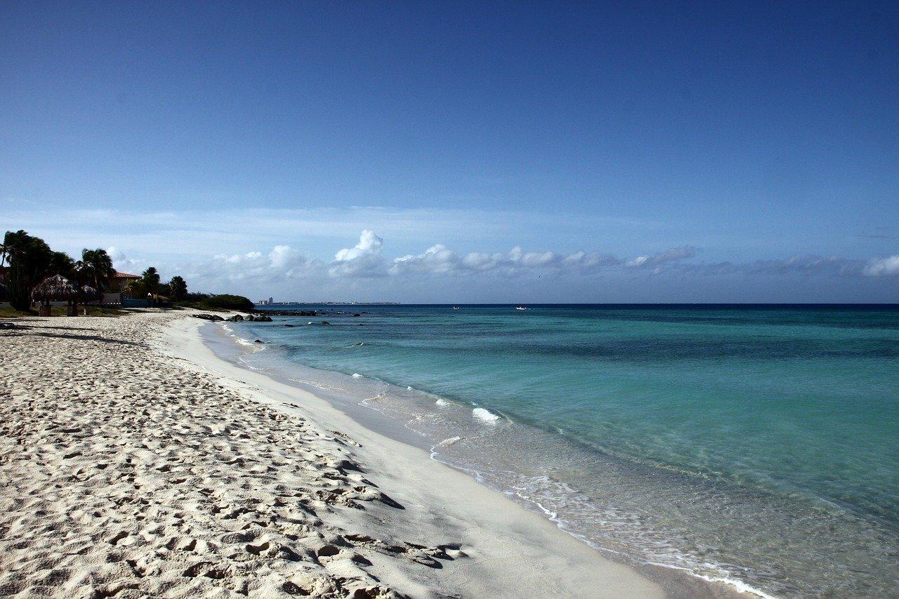Aruba School Vacations & Public Holidays 2021