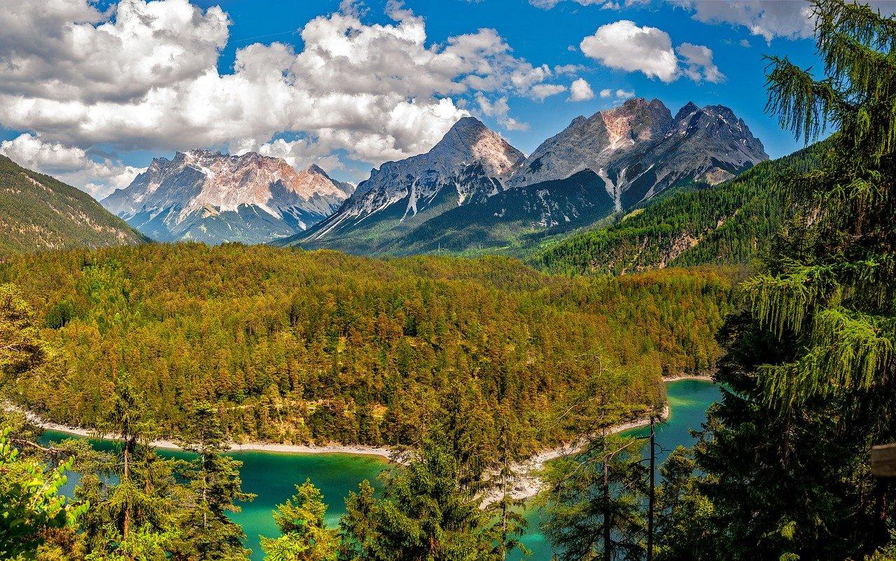 2021 Austria Public Holidays & School Vacations