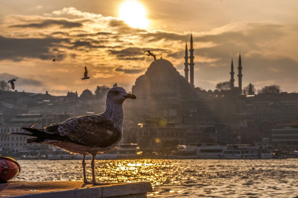 Istanbul best time to visit 2021