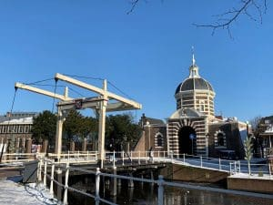 Amsterdam away from the crowds: Singelpark city walk in Leiden